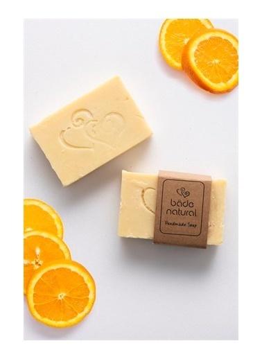 Bade Natural Portakal Yağı Ve Kabak Lifli Arındırıcı Doğal VücutSabunu 100 g  Renksiz